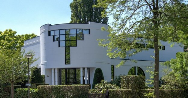 Delight to the eye, outside and inside: villa for 2.5 million euros to purchase in Wilrijk