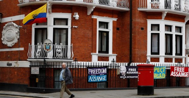 Ecuador: Assange will not be thrown out of the embassy