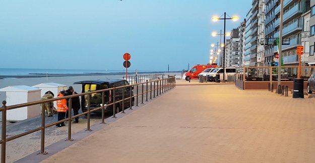 Elderly woman dies after walk on the beach