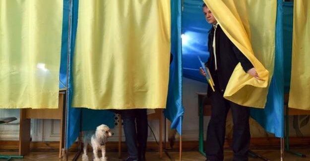 Elections in Ukraine : The forgotten country in between