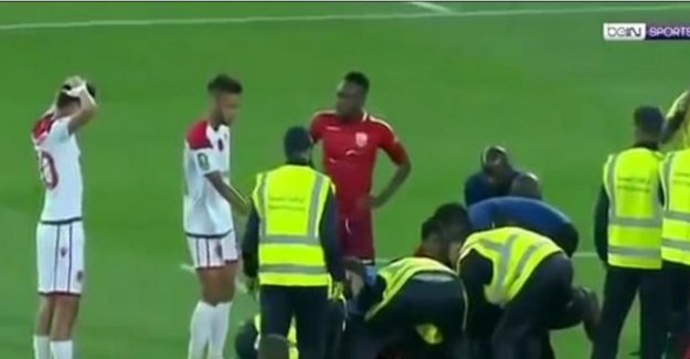 Even referee in tears after a terrible injury in the African Champions League