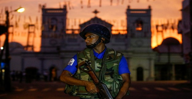 Explosions and shooting during RAID in Sri Lanka