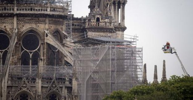 Fire in Notre-Dame completely deleted