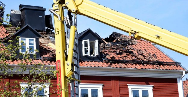 Fire in apartment buildings in Nacka