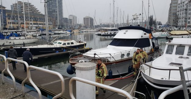 Fire must hunt defuelling: sleeping compartment was already completely under water