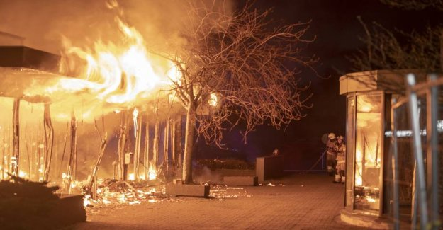 Fire: the Building was overtændt