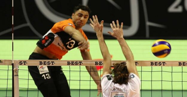 German football championship : Volleys are in the semi-finals