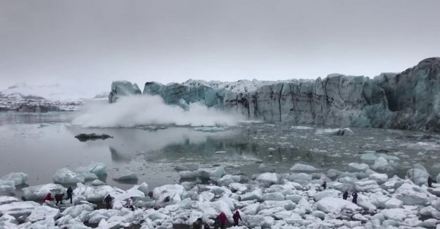 Glacier collapsed – tourists in Iceland had to flee from the huge waves