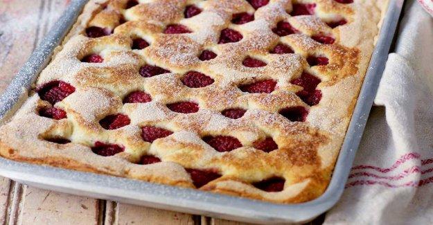 Hallonkaka – lightly baked and very good