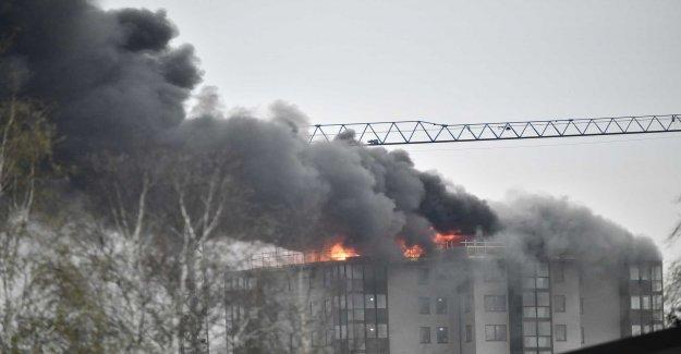 Heavy fire in high-rise buildings in Falkenberg, sweden