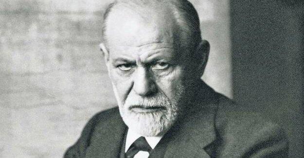 History of psychoanalysis : a polyclinic in Berlin, a coffee in Calcutta