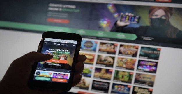 Hotline requires warnings on gambling websites