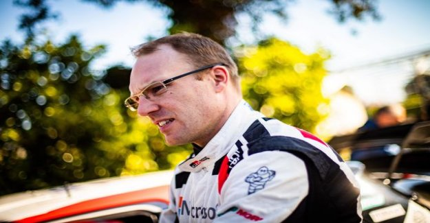 Jari-Matti Latvala admitted to a new special problem: the Mirror should look