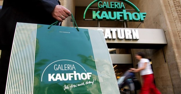 Kaufhof wants to cut severance pay