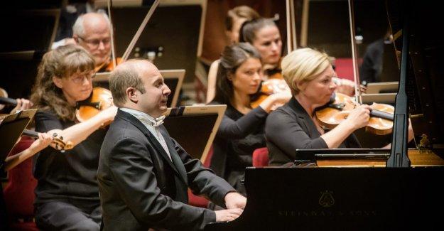 Konsertrecension: Distinctive attack, and the bulging blackness with Alexander Gavrylyuk on piano stool