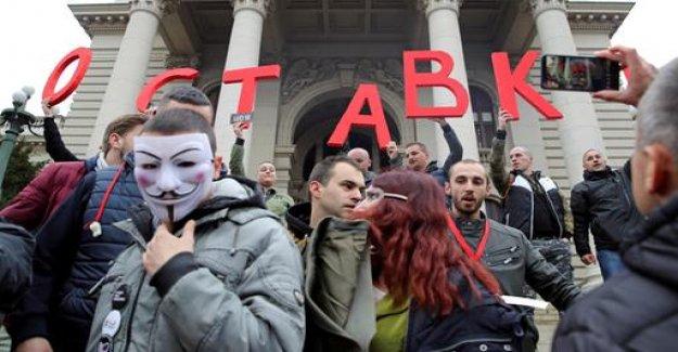Lack of press freedom in Serbia: criticism of the EU