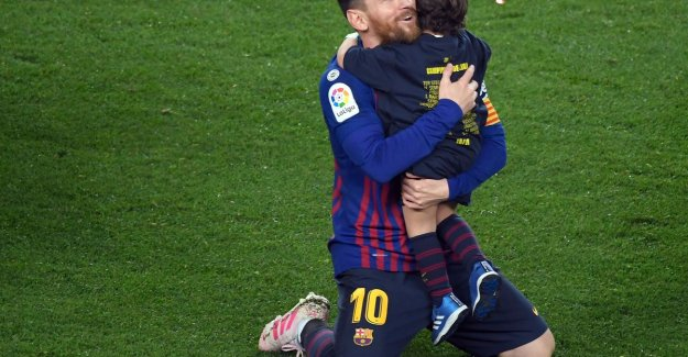 Lionel Messi - who else? - helps Barcelona's winning goal against Levante on 26th title in the club history