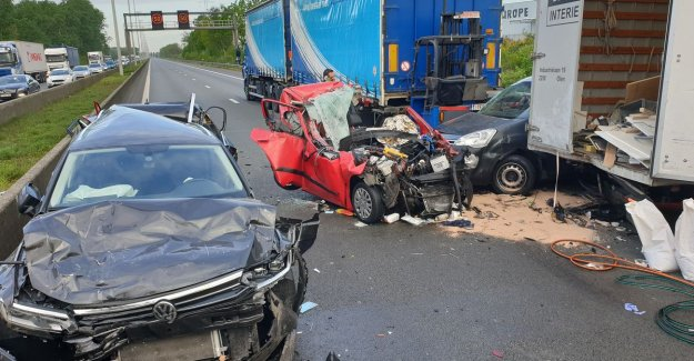 Major accident on highway E313 direction Antwerp makes for hours of discomfort, several injured