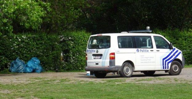 Man stabbed after fake sale in Ravenhofpark: victim out of danger