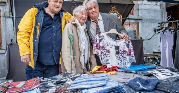Mayor inaugurates Marie (90) and Fernand (87), who is already 70 years on a weekly basis on the Roeselaarse Tuesday: little mary is an icon on the market