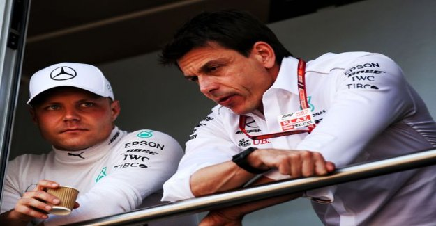 Mercedes-boss grim assessment of the new F1 rule: Someone's driving still the wall