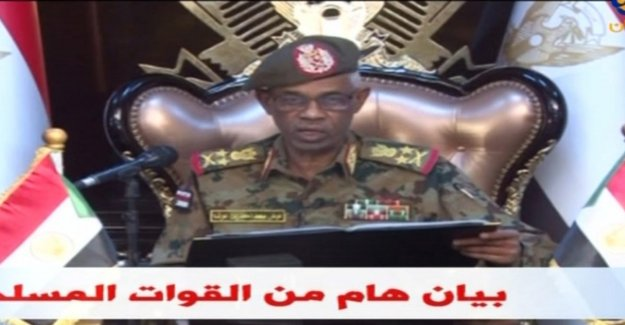 Military captures al-Bashir, and takes over the Power
