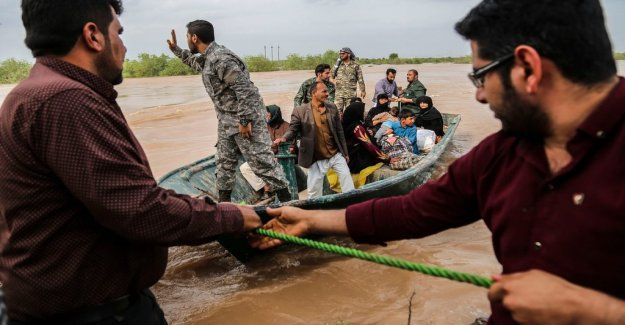 More cities to be evacuated after floods in Iran