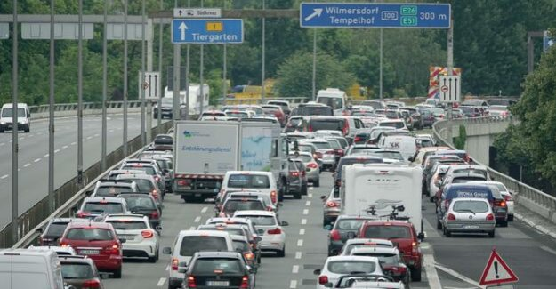 More climate protection is necessary : the transport Commission criticises government
