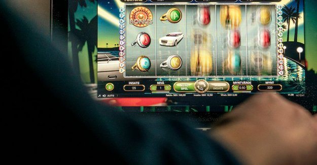 More suicides among the gambling people