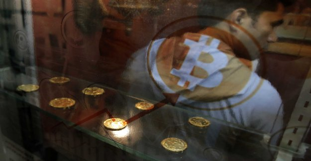 Mysterious so all behind Bitcoin-lift