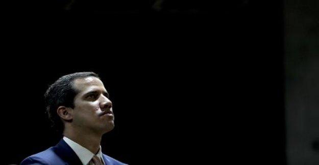 Power struggle in Venezuela: Guaidó loses immunity