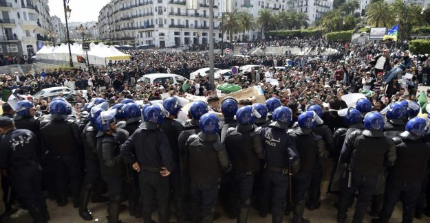 Protesters unhappy with the Algerian president