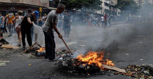 Protests against Maduro continue in Venezuela
