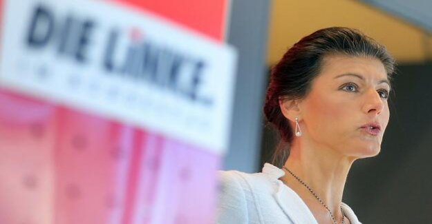 Reckoning with the Left hand, Wagenknecht sees the alienation of the poor
