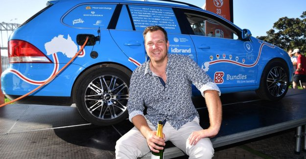 Record is within: Dutchman reached after three years in Sydney with electric car
