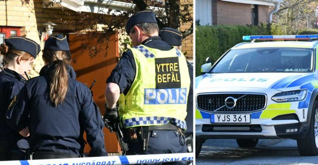 Residential area cordoned off by the police investigating serious crime