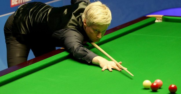 Robertson smoothly past Murphy to quarter-finals at the world CHAMPIONSHIPS snooker