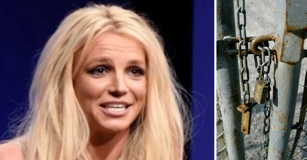 Rumor: Britney Spears locked up against their will