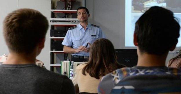 SPD, a debate about Bundeswehr-advertising in schools