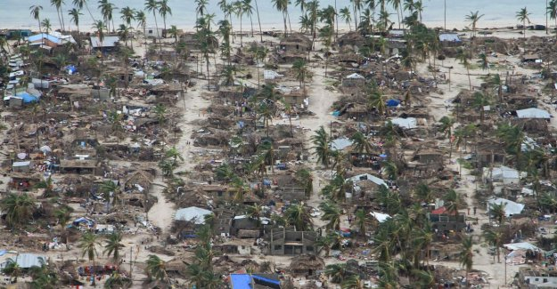 Second cyclone rages about Mozambique: 1.4 million children in need