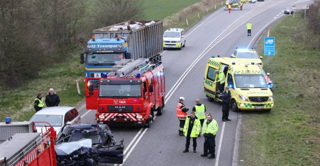 Serious accident: Road blocked in both directions