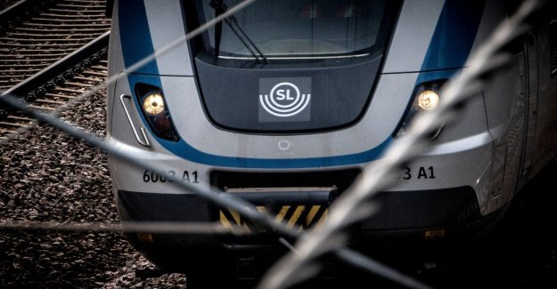 Significant delays in the Stockholm commuter train services