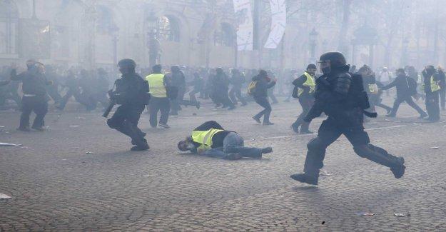 Självmordsvåg within the French police are concerned