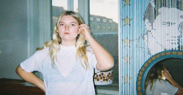 Skivrecension: Mathilda Brink makes an edgy update of the indierocken
