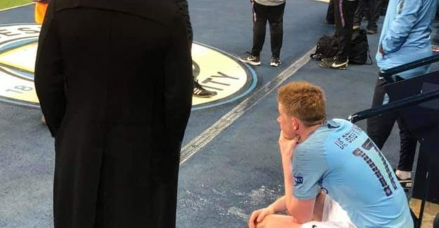 So hard was De Bruyne in the pit after his masterclass, to Vertonghen, him comfort