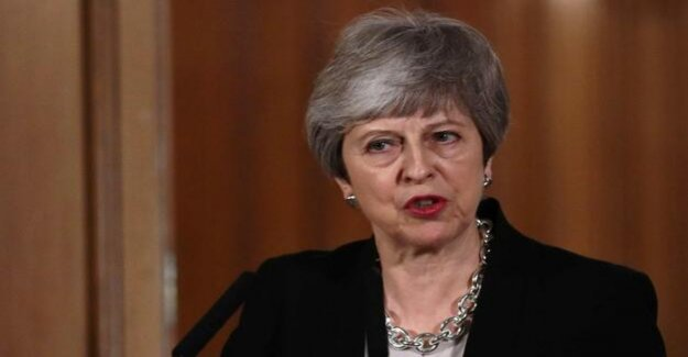 Struggle to find time for Brexit : May breaks new dispute with Brussels from the fence