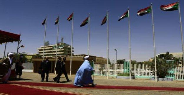 Sudan: a coup against Al-Bashir?