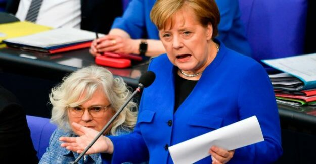 The Chancellor does not arise : When a woman Moll asks, but Mrs Merkel responds