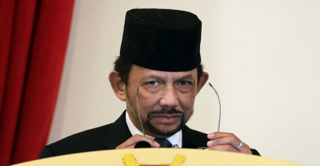 The Sultan is looking for support through sharia law