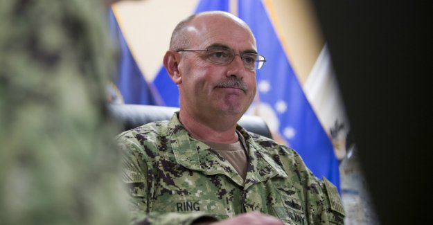 The U.S. military dismisses the commander of Guantánamo